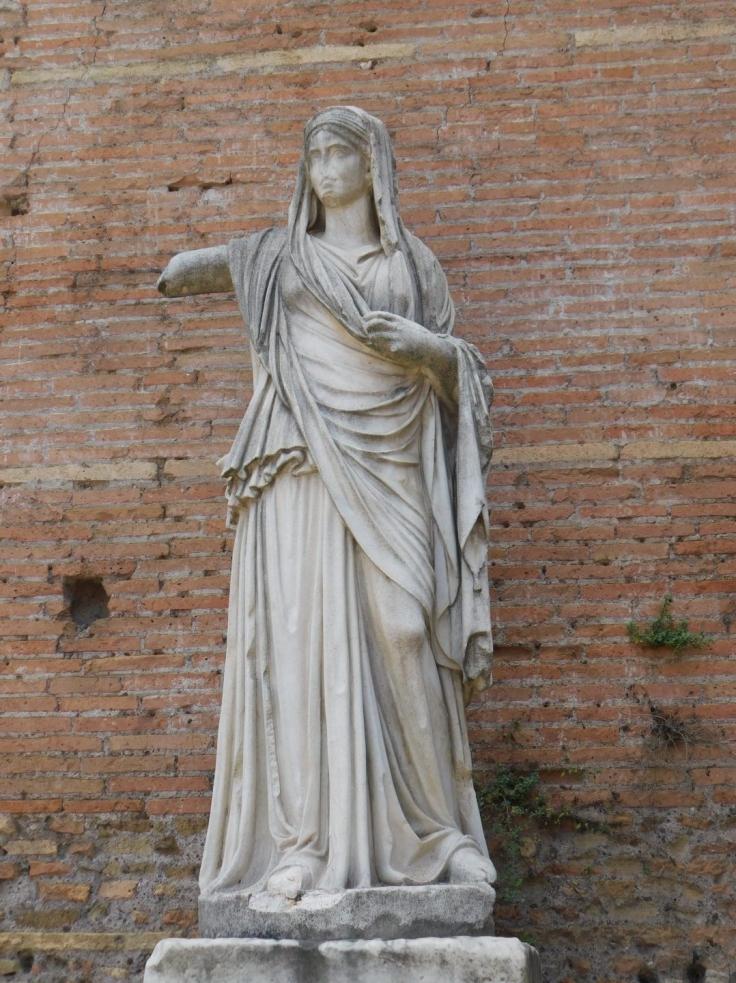 vestal virgin statue